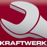Logo Kraftwerk clé plate grise sur fond rouge avec nom dessous